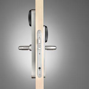 SALTO XS4 Original Smal Beslag Dubbele Leeskop zijaanzicht op deur